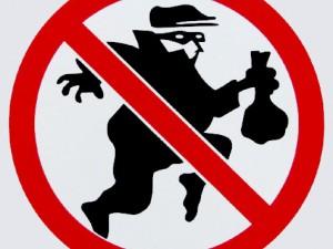 ¿ Cómo piensa un ladrón ?  Y como implantar sistemas de seguridad.
