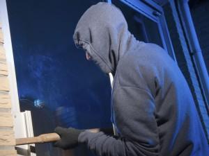 ¿Cuáles son las comunidades y provincias con más robos?