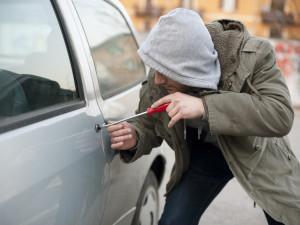 Consejos para evitar que te roben el coche.